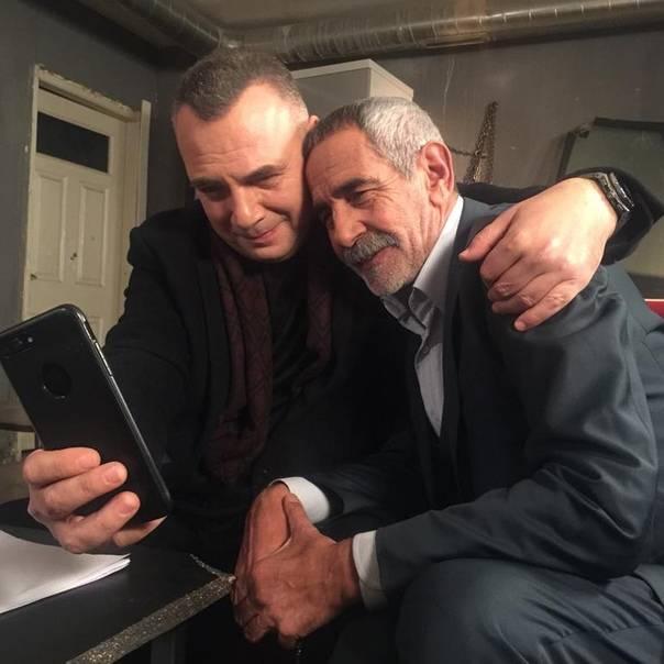 ✔️ Актёр театра и кино - Тургай Танюлкю, который в настоящее время снимается в п...